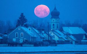 Full Moon Feb 4 Germany