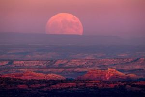 utah-us-jim-lo-scalzo-supermoon-nov-2016