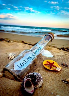 love message in a bottle