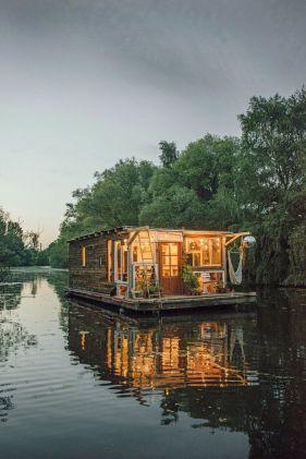 Claudius Schulze Houseboat, Lisa Beese